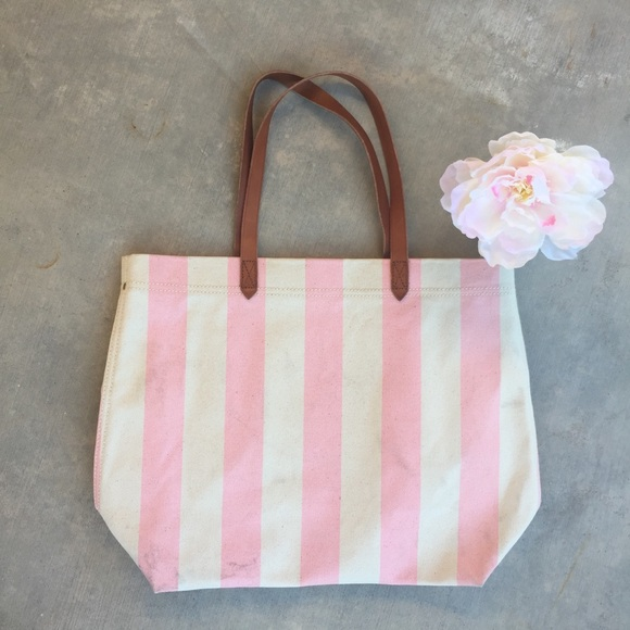 3cd91a73f71b6 Madewell Handbags - Madewell The Canvas Transport Tote in Stripe